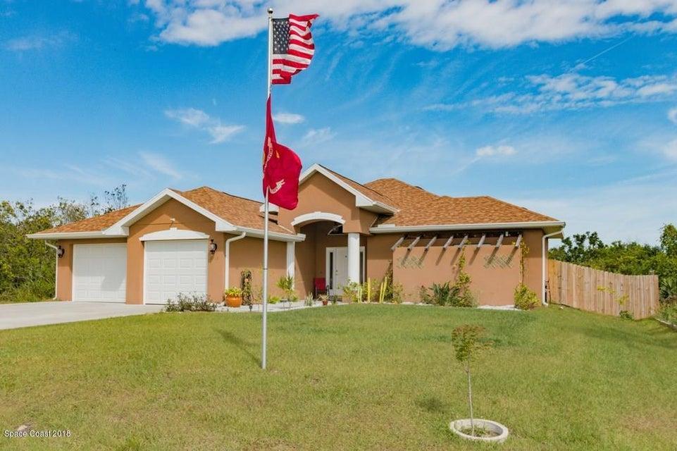 Tek Ailelik Ev için Satış at 3952 13th 3952 13th Micco, Florida 32976 Amerika Birleşik Devletleri