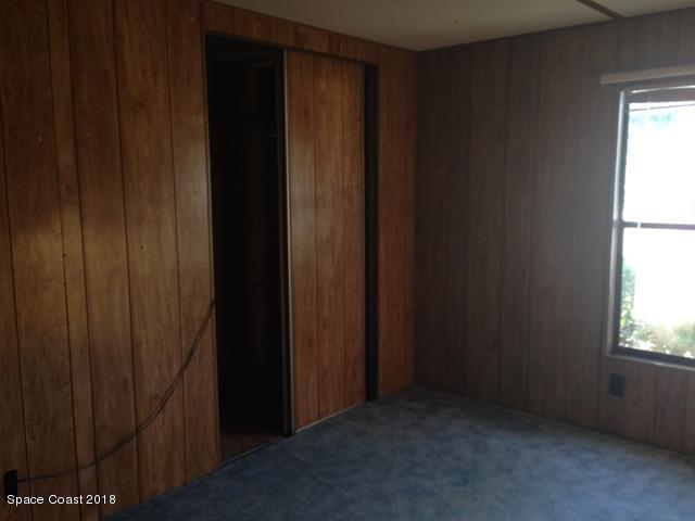 Additional photo for property listing at 540 Baker 540 Baker Merritt Island, Florida 32953 Estados Unidos