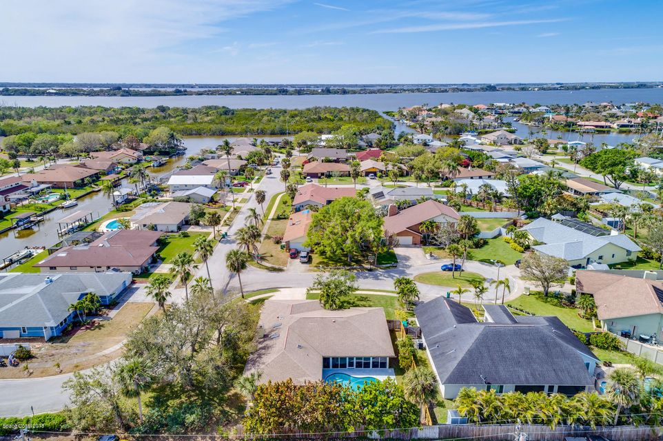 Additional photo for property listing at 17 Barbara 17 Barbara Satellite Beach, Florida 32937 Vereinigte Staaten