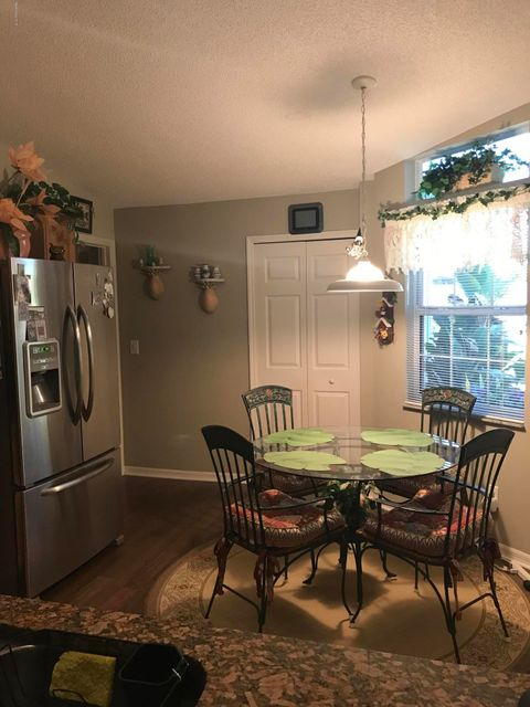 Additional photo for property listing at 858 Villa 858 Villa Melbourne, Florida 32940 Usa