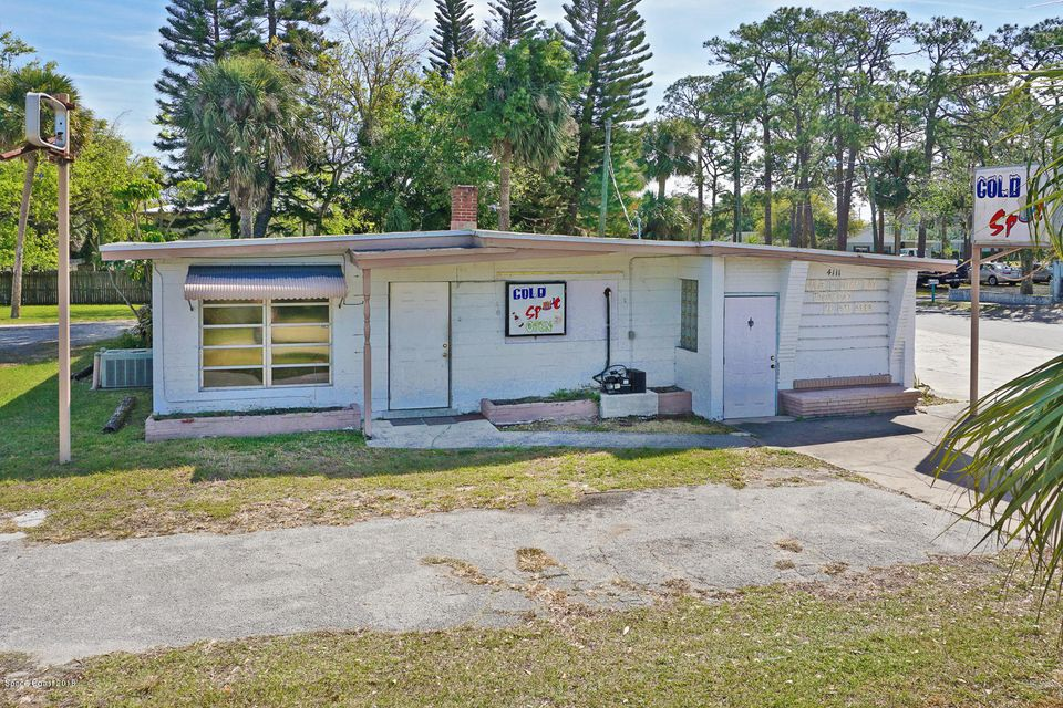 Additional photo for property listing at 4111 S Hopkins Avenue 4111 S Hopkins Avenue Titusville, Florida 32780 Estados Unidos