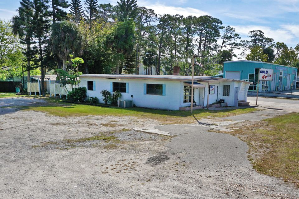 Additional photo for property listing at 4111 S Hopkins Avenue 4111 S Hopkins Avenue Titusville, Florida 32780 Usa