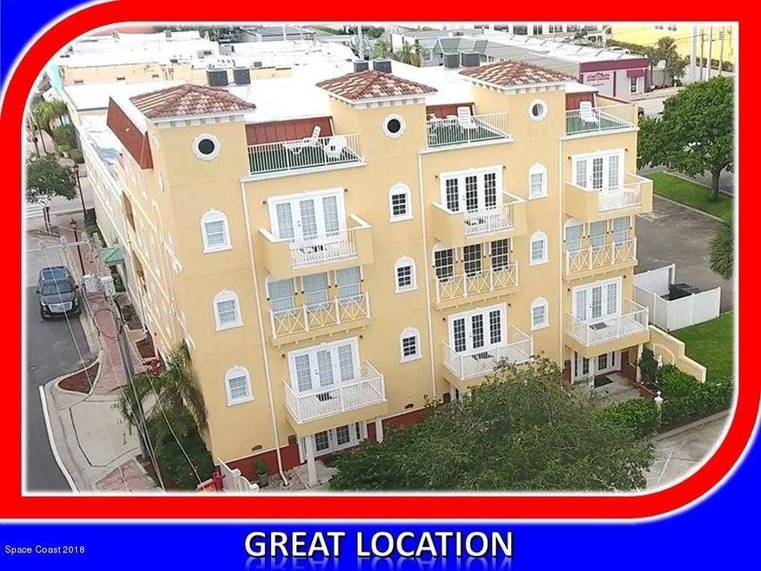 Maison multifamiliale pour l Vente à 93 Brevard 93 Brevard Cocoa, Florida 32922 États-Unis