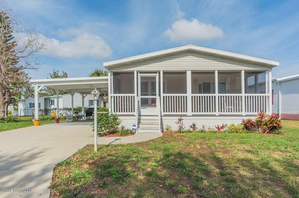 Vivienda unifamiliar por un Venta en 1216 Bluebird 1216 Bluebird Barefoot Bay, Florida 32976 Estados Unidos