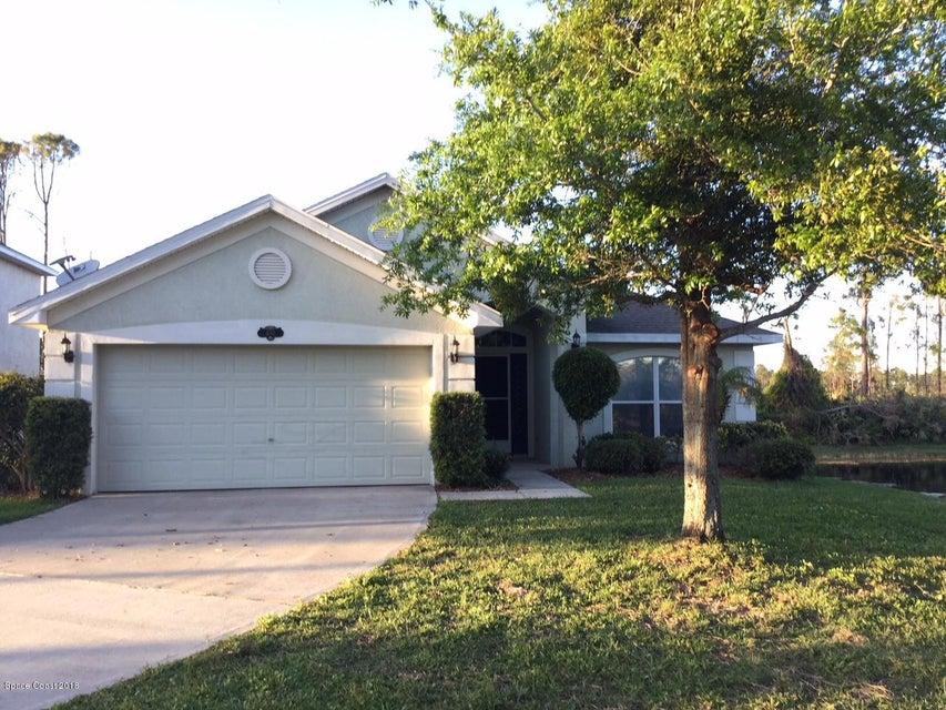 Vivienda unifamiliar por un Alquiler en 400 Loxley 400 Loxley Titusville, Florida 32780 Estados Unidos