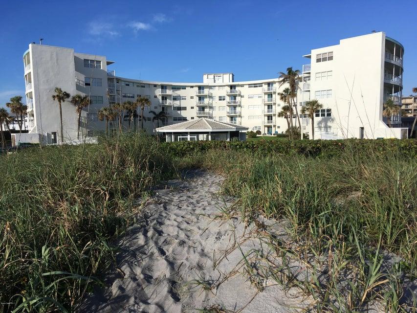 Single Family Home for Rent at 4000 Ocean Beach 4000 Ocean Beach Cocoa Beach, Florida 32931 United States