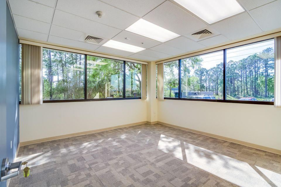 Additional photo for property listing at 490 Centre Lake 490 Centre Lake Palm Bay, Florida 32907 Vereinigte Staaten