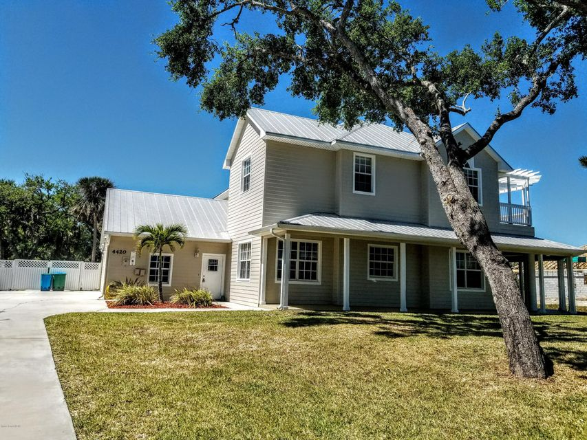 Single Family Home for Sale at 4420 S Highway 1 4420 S Highway 1 Grant Valkaria, Florida 32949 United States