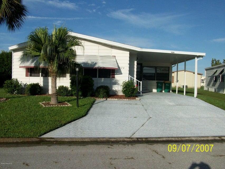Eensgezinswoning voor Huren een t Address Not Available Barefoot Bay, Florida 32976 Verenigde Staten