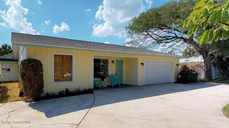 Single Family Home for Sale at 1200 Oak 1200 Oak Melbourne Beach, Florida 32951 United States