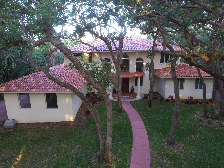 Maison unifamiliale pour l Vente à 7735 S Tropical 7735 S Tropical Merritt Island, Florida 32952 États-Unis