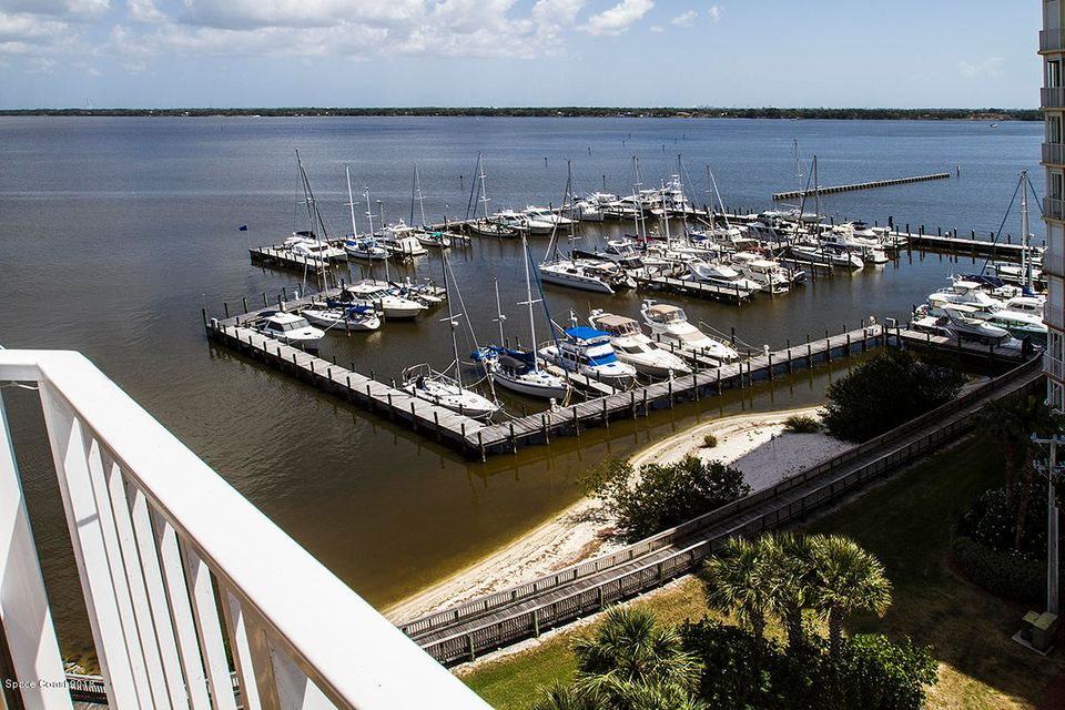 15 Indian River Drive