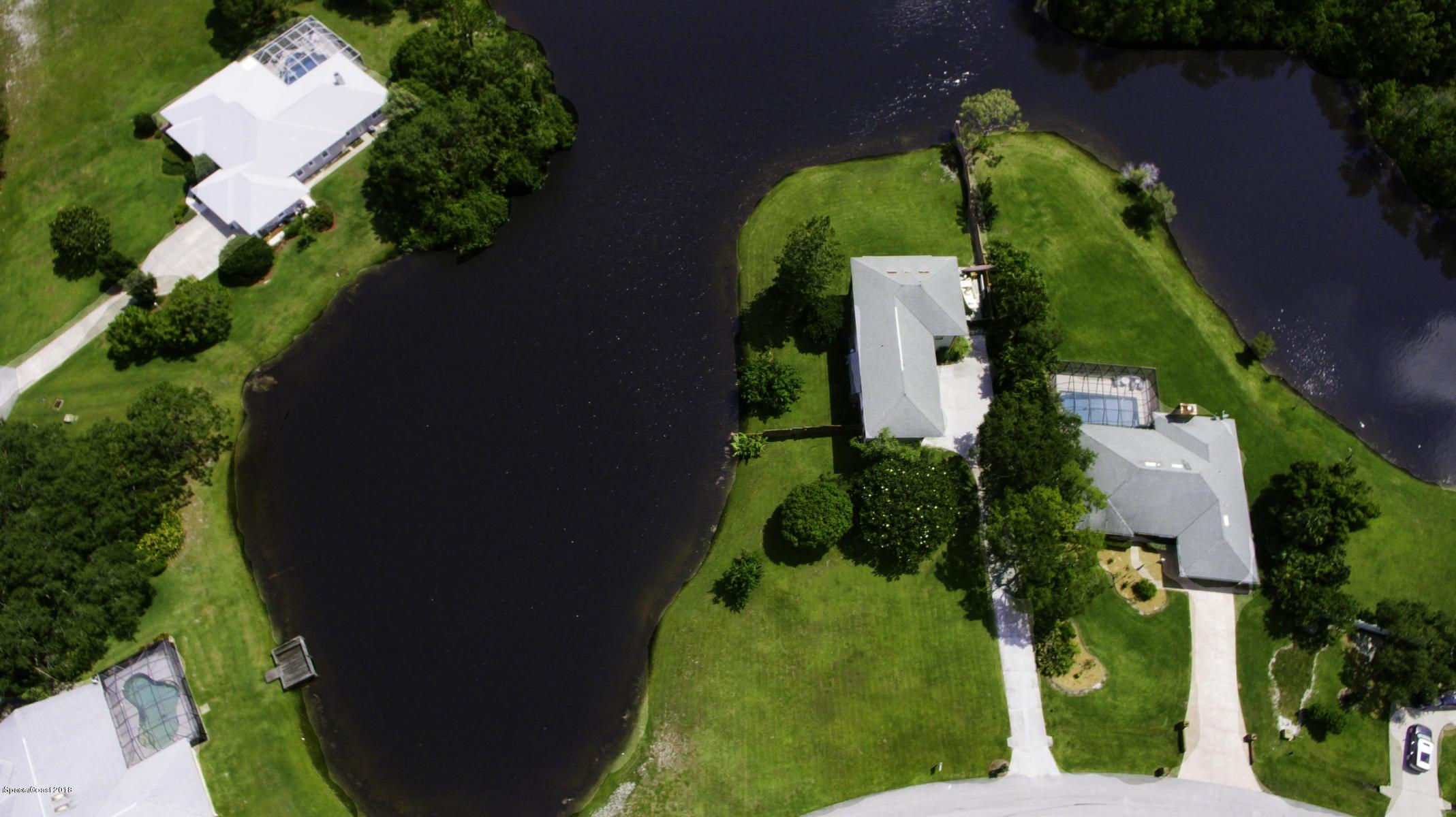 Enfamiljshus för Försäljning vid 1641 Country Cove 1641 Country Cove Malabar, Florida 32950 Usa