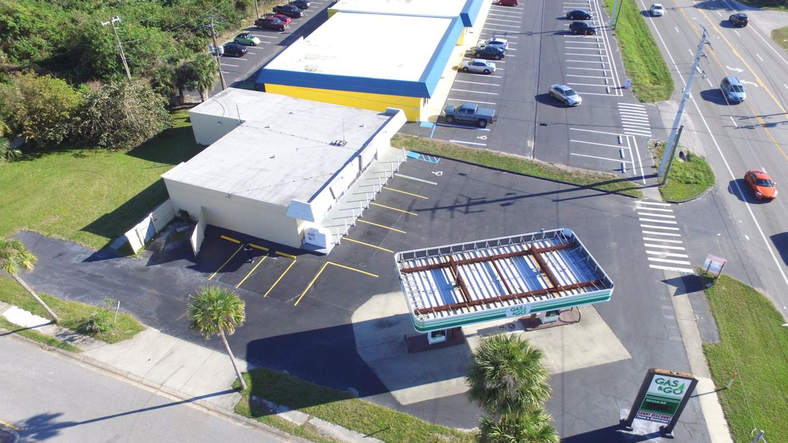 Commercial for Sale at 2110 N Courtenay Parkway 2110 N Courtenay Parkway Merritt Island, Florida 32953 United States