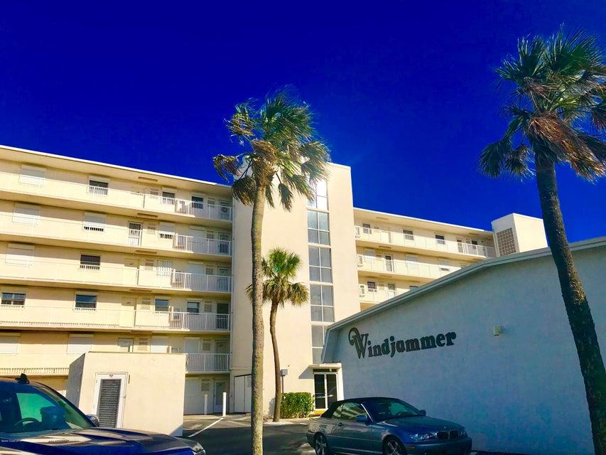 Nhà ở một gia đình vì Thuê tại 555 Fillmore 555 Fillmore Cape Canaveral, Florida 32920 Hoa Kỳ