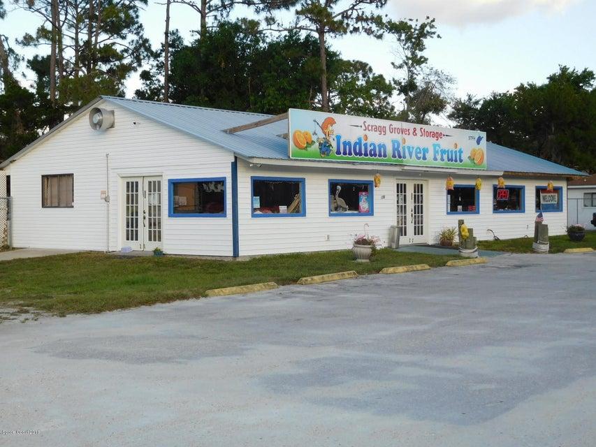 Comercial por un Venta en 321 N Us Highway 1 321 N Us Highway 1 Oak Hill, Florida 32759 Estados Unidos