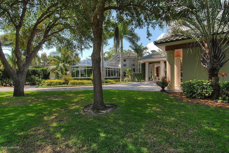 Single Family Home for Sale at 200 Riverside 200 Riverside Melbourne Beach, Florida 32951 United States