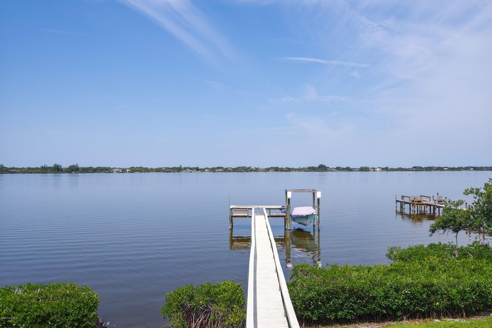 Single Family Home for Sale at 802 Loggerhead Island 802 Loggerhead Island Satellite Beach, Florida 32937 United States