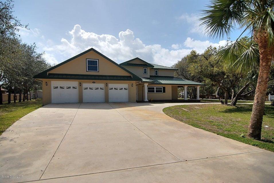 Enfamiljshus för Försäljning vid 210 Holman 210 Holman Cape Canaveral, Florida 32920 Usa