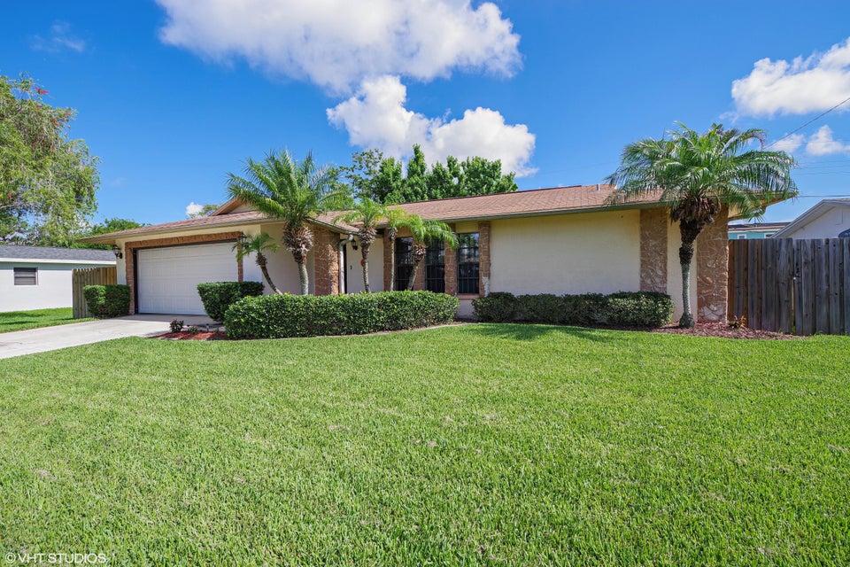 260  Viscount Avenue, Merritt Island, Florida