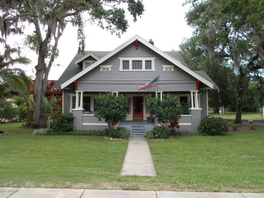 Casa Unifamiliar por un Venta en 160 E Halifax 160 E Halifax Oak Hill, Florida 32759 Estados Unidos