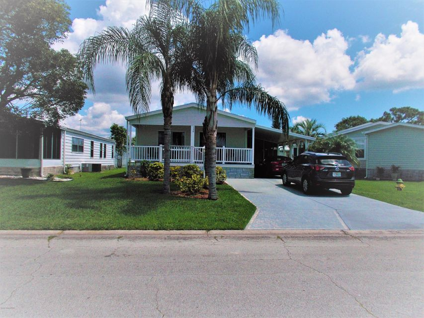 Single Family Home for Sale at 1176 Waterway 1176 Waterway Barefoot Bay, Florida 32976 United States