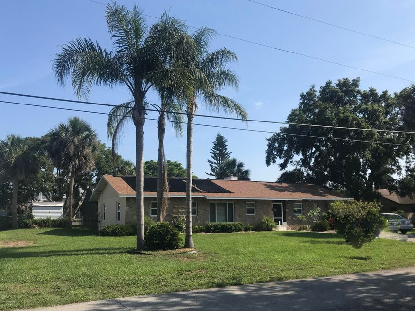 Single Family Home for Sale at 131 Azales Road 131 Azales Road Edgewater, Florida 32141 United States