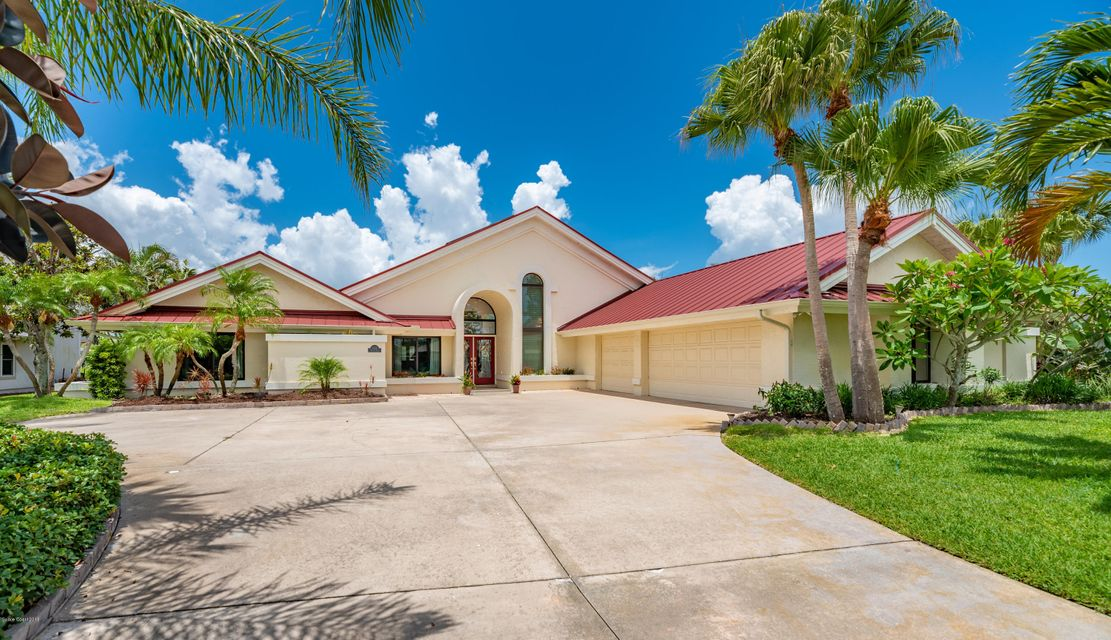 Single Family Home for Sale at 624 Tortoise 624 Tortoise Satellite Beach, Florida 32937 United States
