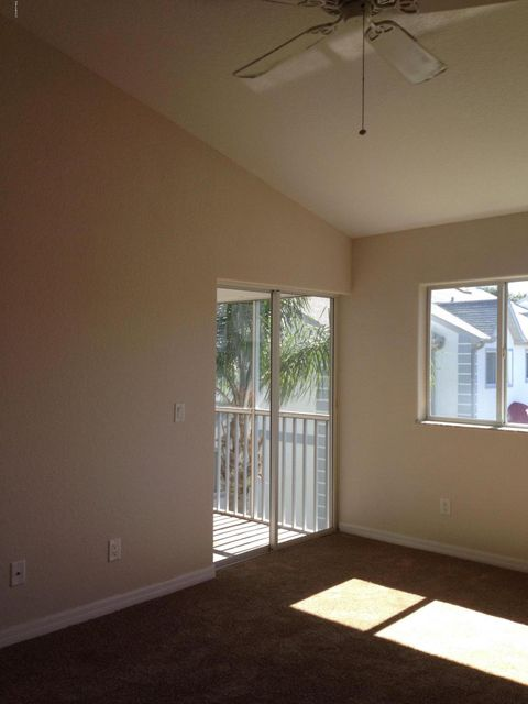 Additional photo for property listing at 623 Ocean Park 623 Ocean Park Cape Canaveral, 佛羅里達州 32920 美國