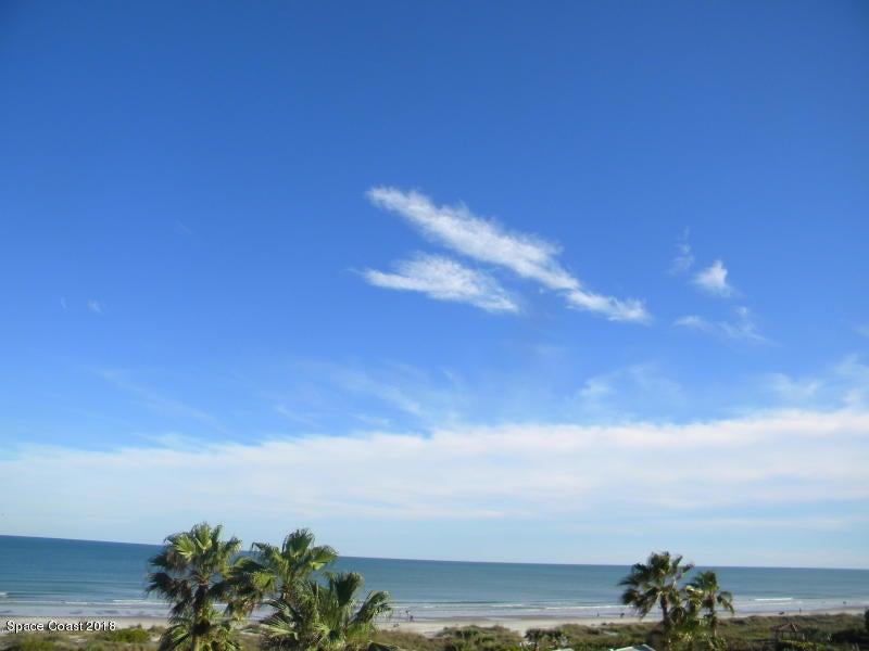 Casa para uma família para Locação às 817 Mystic 817 Mystic Cape Canaveral, Florida 32920 Estados Unidos