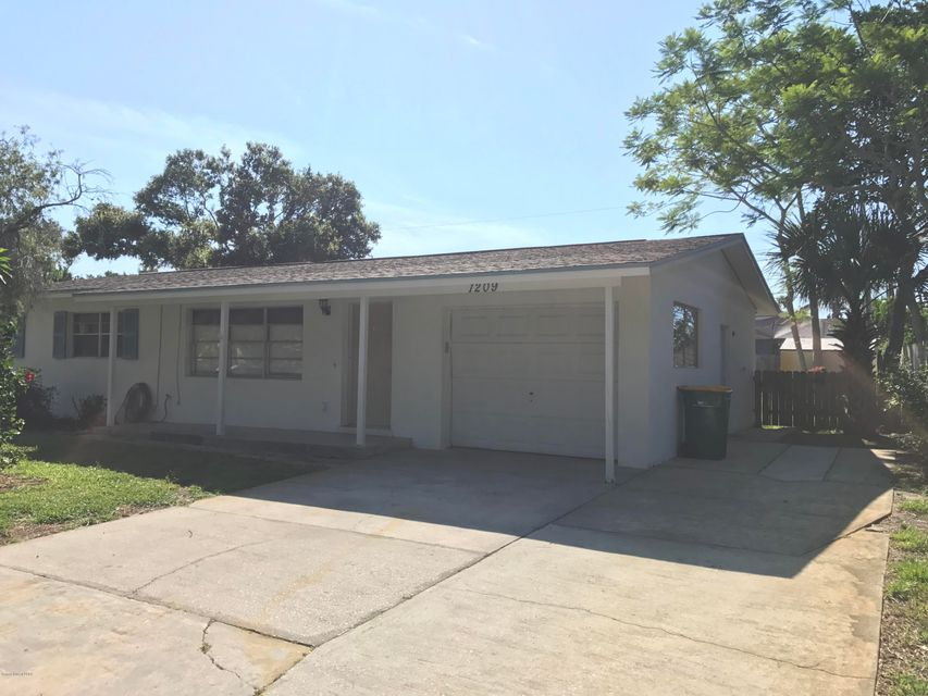 Single Family Home for Rent at 1209 Cheyenne 1209 Cheyenne Indian Harbour Beach, Florida 32937 United States
