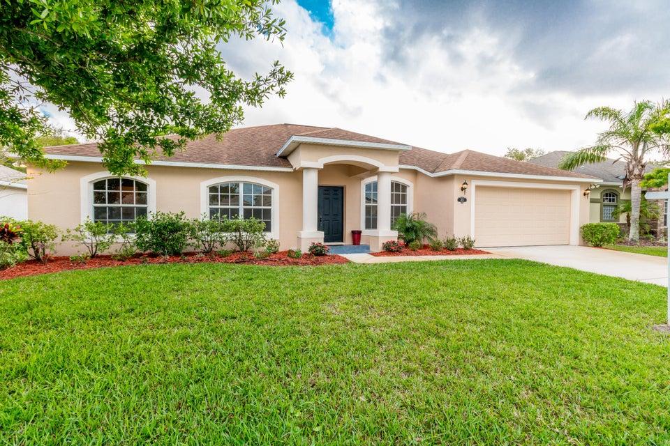 獨棟家庭住宅 為 出售 在 3285 Soft Breeze 3285 Soft Breeze West Melbourne, 佛羅里達州 32904 美國