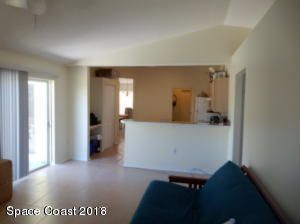 Additional photo for property listing at 660 Palm 660 Palm Satellite Beach, Florida 32937 États-Unis