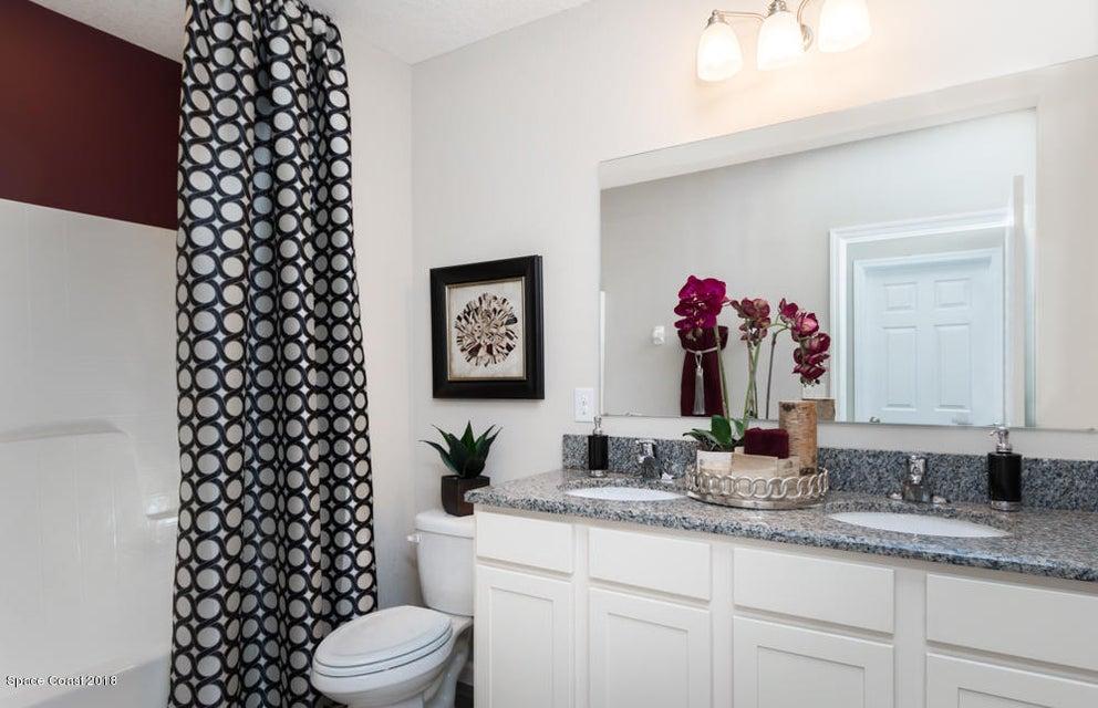 獨棟家庭住宅 為 出售 在 485 Horsemint 485 Horsemint West Melbourne, 佛羅里達州 32904 美國