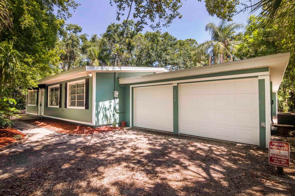 Single Family Home for Sale at 6890 Ward 6890 Ward Melbourne Village, Florida 32904 United States