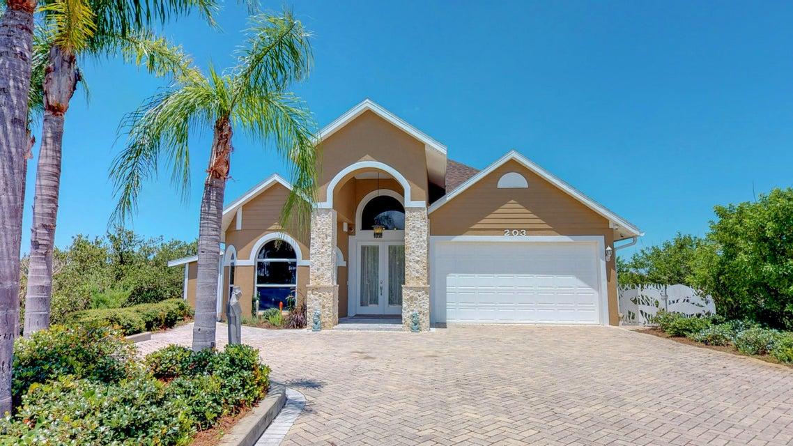 Additional photo for property listing at 203 N Riverside 203 N Riverside Edgewater, Florida 32132 Estados Unidos