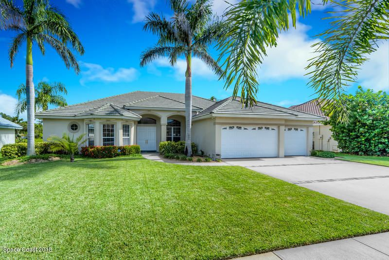 Casa Unifamiliar por un Venta en 160 Island View 160 Island View Indian Harbour Beach, Florida 32937 Estados Unidos