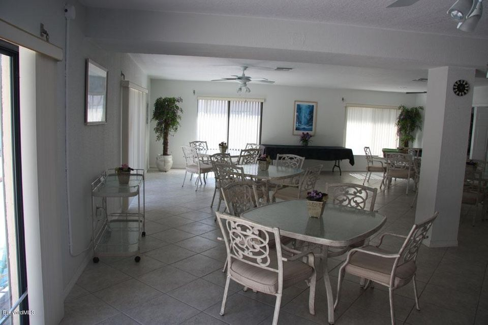 Additional photo for property listing at 3160 N Atlantic 3160 N Atlantic Cocoa Beach, Florida 32931 United States