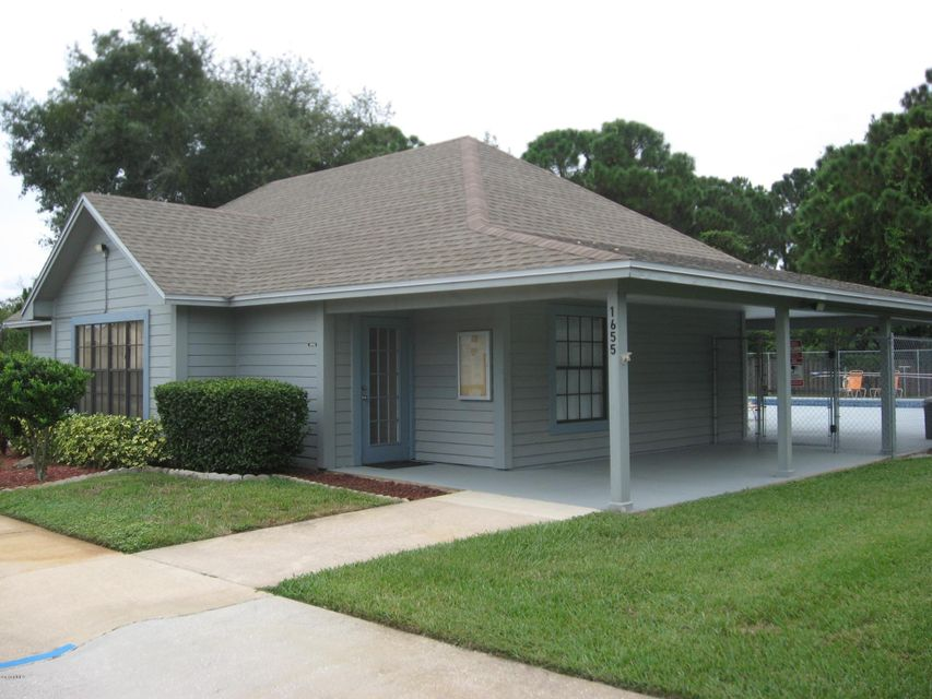 Additional photo for property listing at 1725 Harrison 1725 Harrison Titusville, Florida 32780 États-Unis