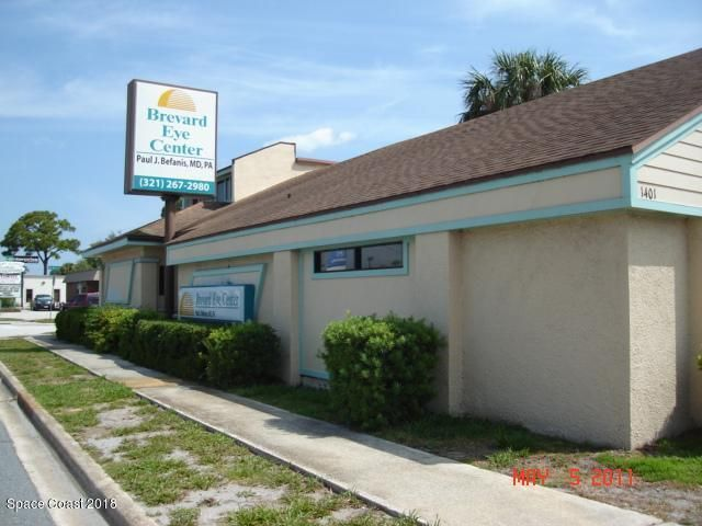 Comercial para Arrendamento às 1401 S Washington 1401 S Washington Titusville, Florida 32780 Estados Unidos
