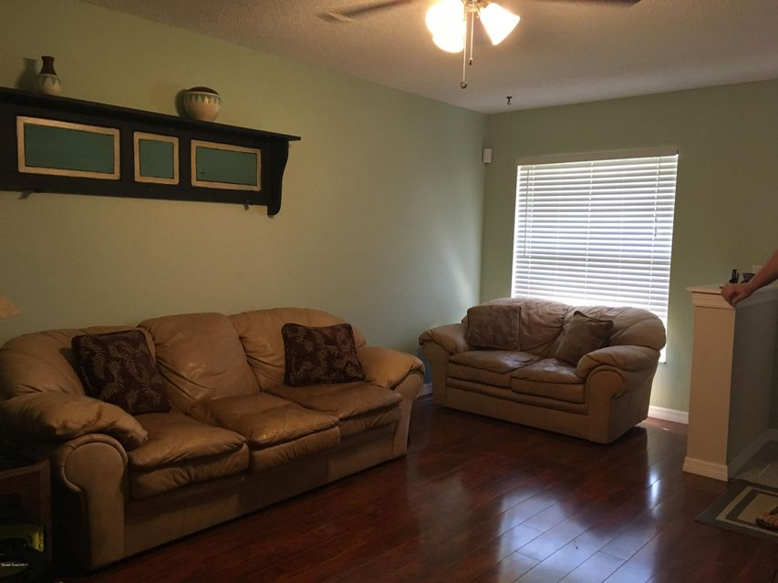 Additional photo for property listing at 315 Stendal 315 Stendal Palm Bay, Florida 32907 États-Unis