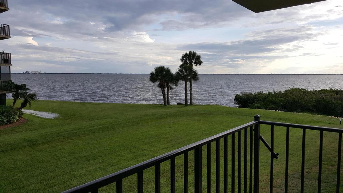 Additional photo for property listing at 200 International 200 International Cape Canaveral, Флорида 32920 Соединенные Штаты