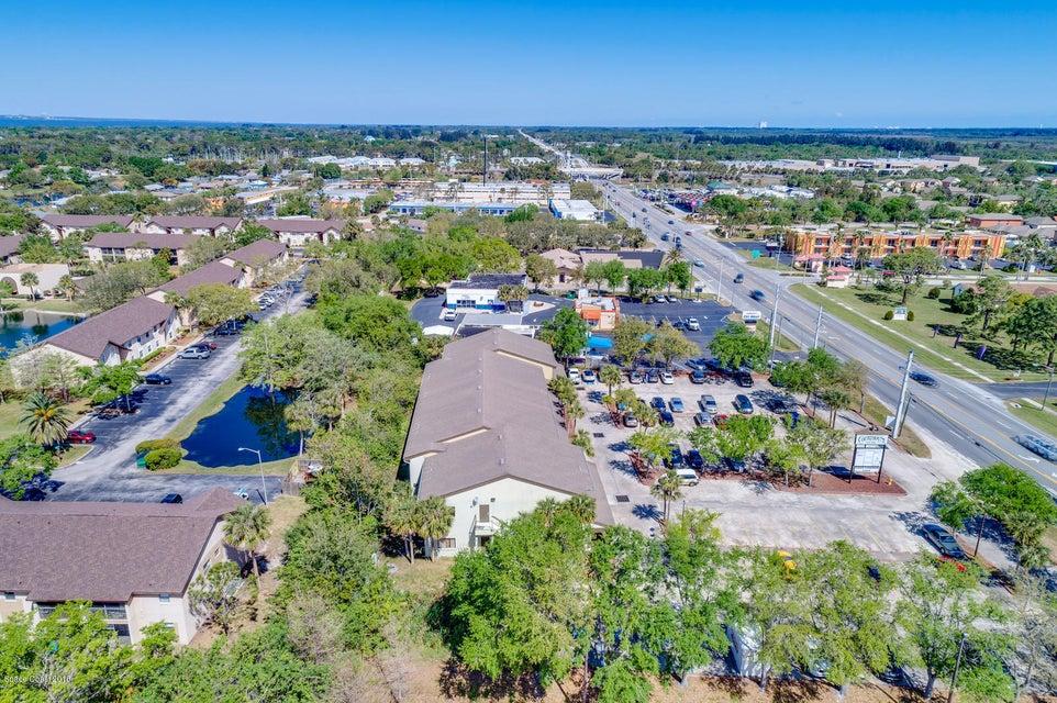 Additional photo for property listing at 2425 N Courtenay 2425 N Courtenay Merritt Island, Флорида 32953 Соединенные Штаты