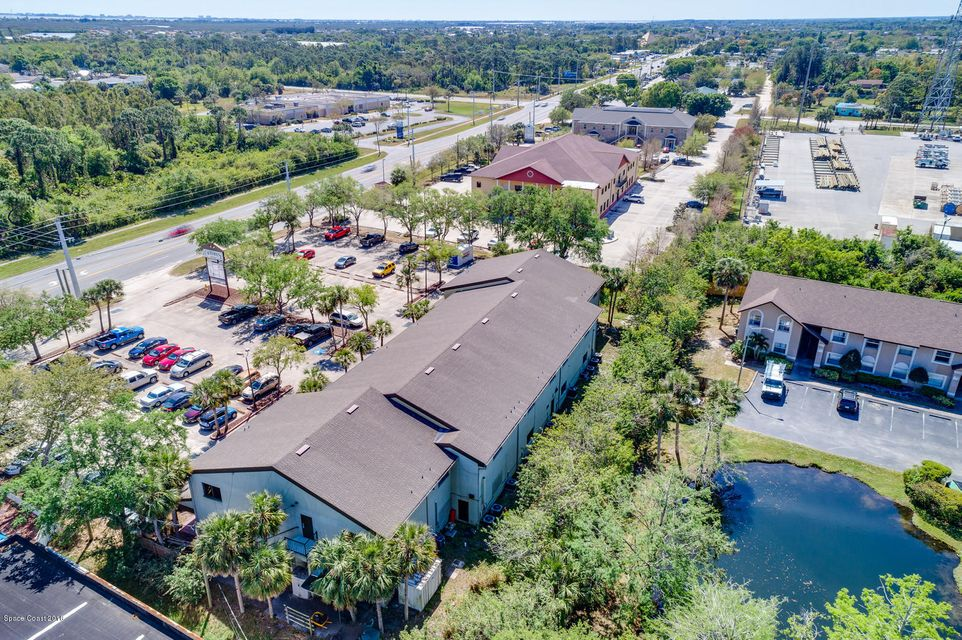 Additional photo for property listing at 2425 N Courtenay 2425 N Courtenay Merritt Island, Флорида 32953 Соединенные Штаты
