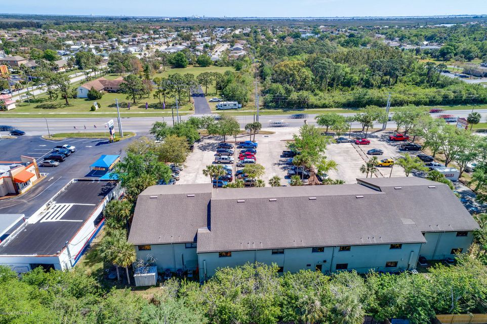 Additional photo for property listing at 2425 N Courtenay 2425 N Courtenay Merritt Island, Florida 32953 Verenigde Staten