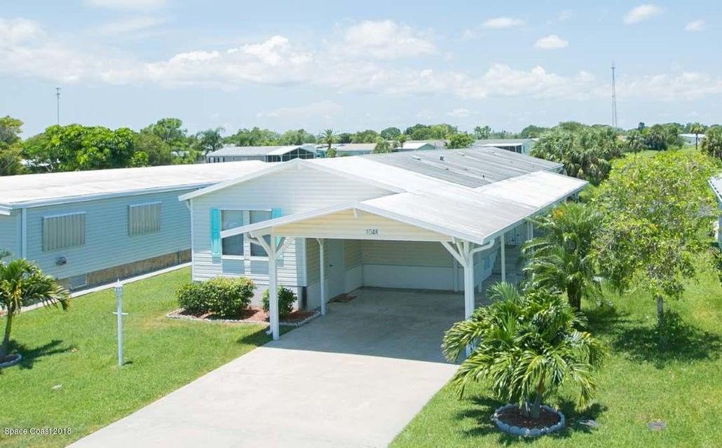 Maison unifamiliale pour l Vente à 1048 Barefoot 1048 Barefoot Barefoot Bay, Florida 32976 États-Unis