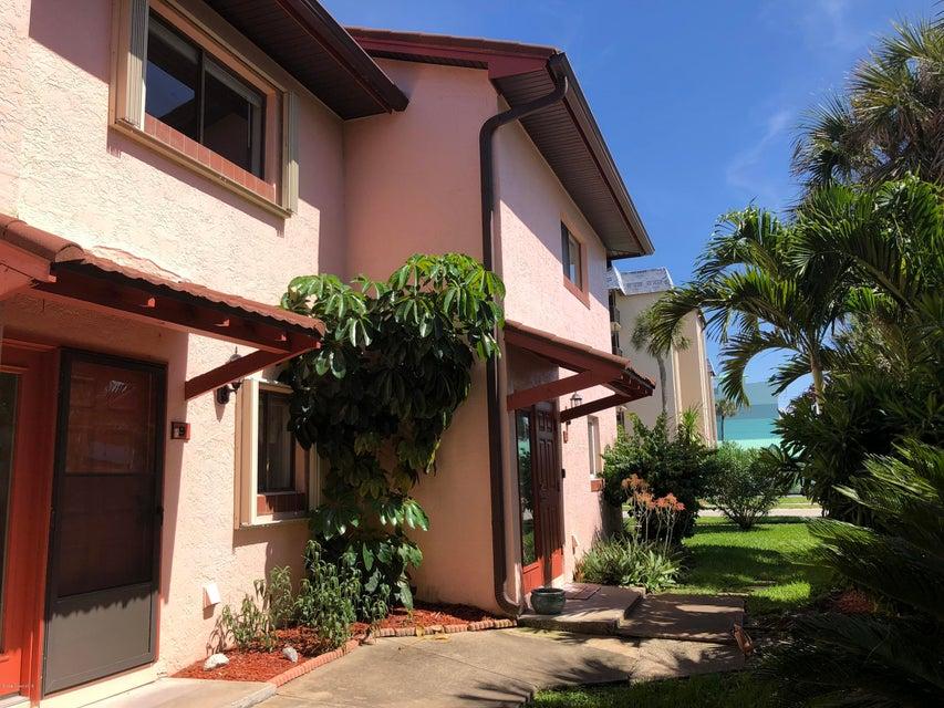 Casa para uma família para Locação às 4125 Ocean Beach 4125 Ocean Beach Cocoa Beach, Florida 32931 Estados Unidos