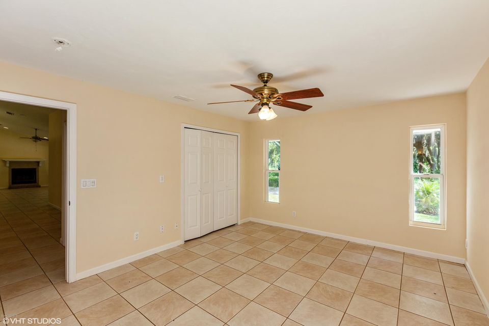 Additional photo for property listing at 341 Palm 341 Palm Oak Hill, Florida 32759 Usa