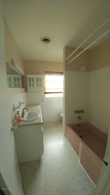 Additional photo for property listing at 118 Second 118 Second Indialantic, 플로리다 32903 미국