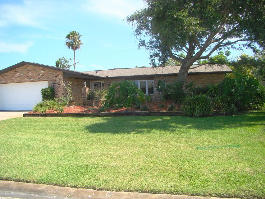 Single Family Home for Sale at 401 Riverview 401 Riverview Melbourne Beach, Florida 32951 United States